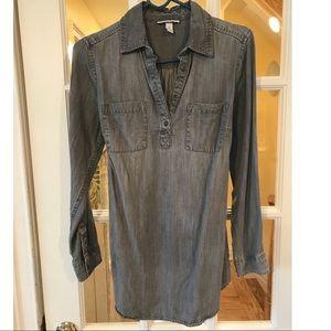 Liz Lange shirt XS